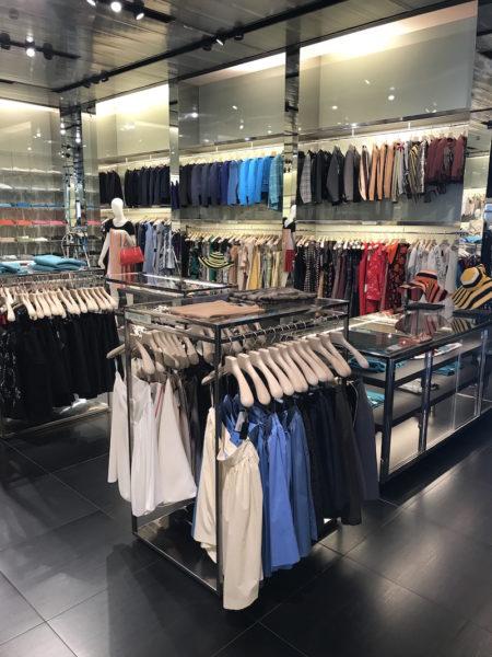 Hier hielten wir uns am längsten auf: Röcke (ab 40 Euro), Blusen, Hosen, Strickware und Kleider im Prada Outlet