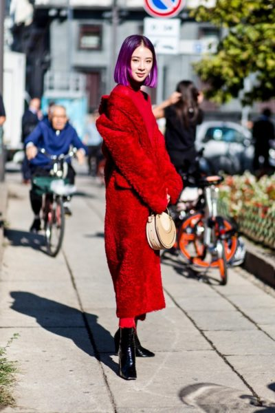 Irene Kim im Mantel von Max Mara