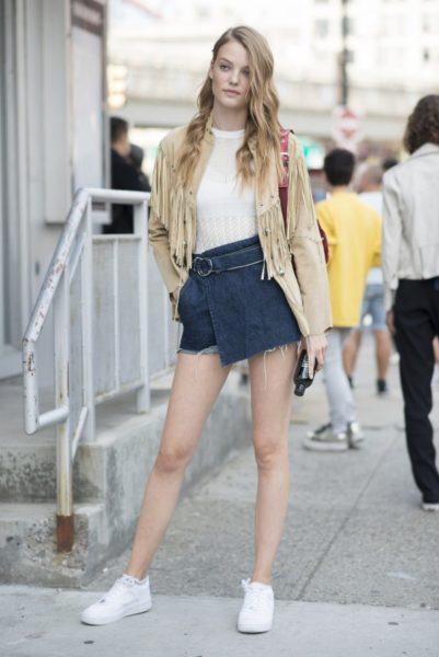Model Roos Abels nach der Fashion Show von Zimmermann in New York (bei der sie lief)