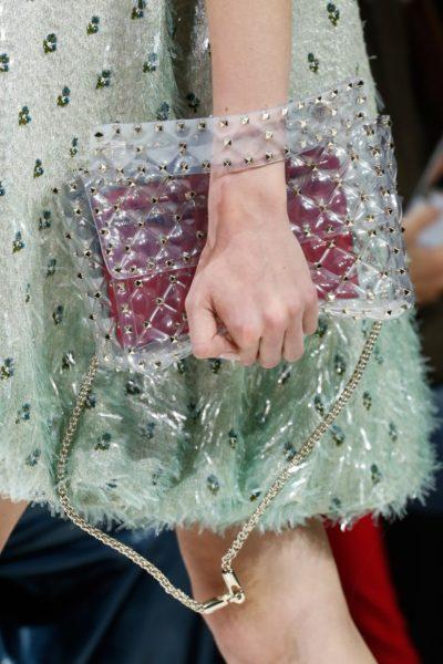 """Ich nenne die neue Handtasche von Valentino: """"Pappfolie Studs"""""""