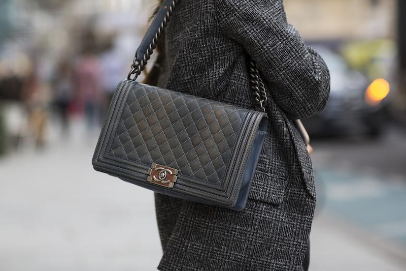 Street Style Grau Chanel Modepilot Paris