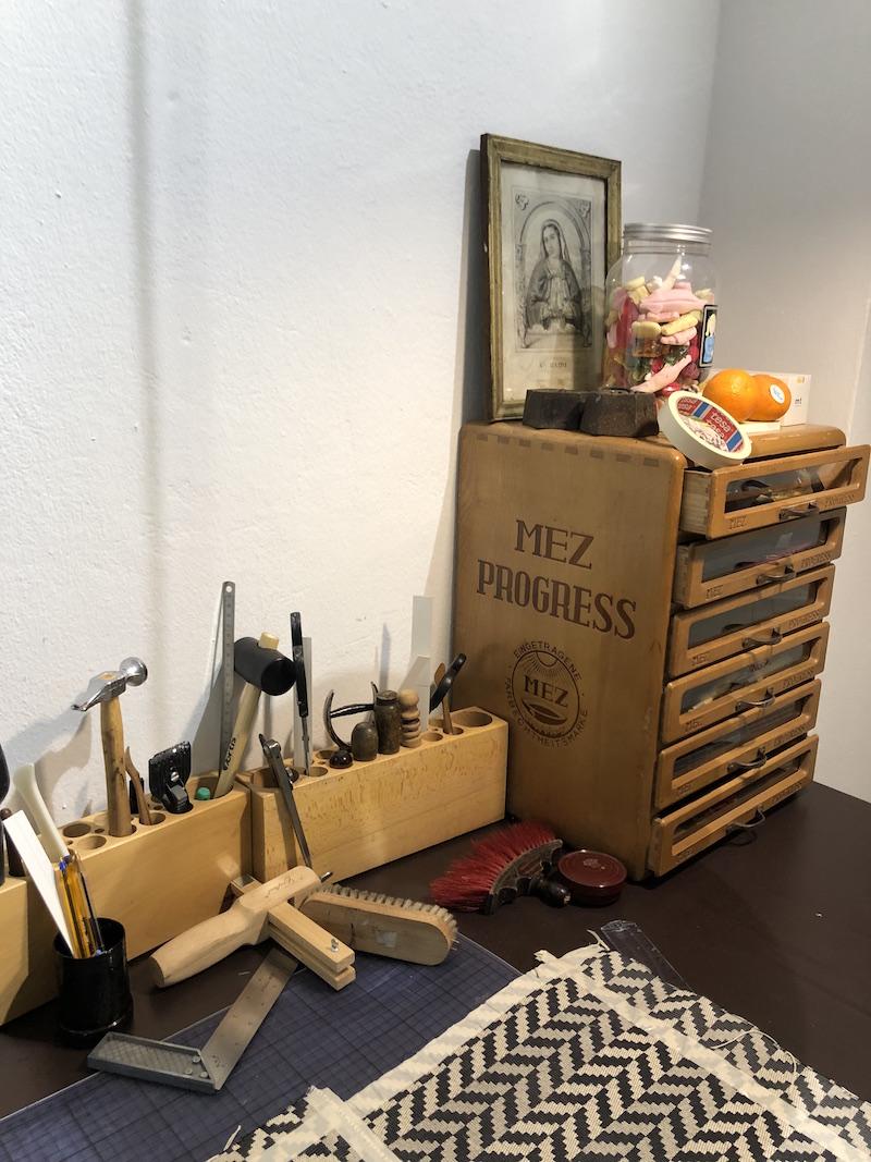 Handtaschen Atelier Justine Nessi Werkzeuge Modepilot