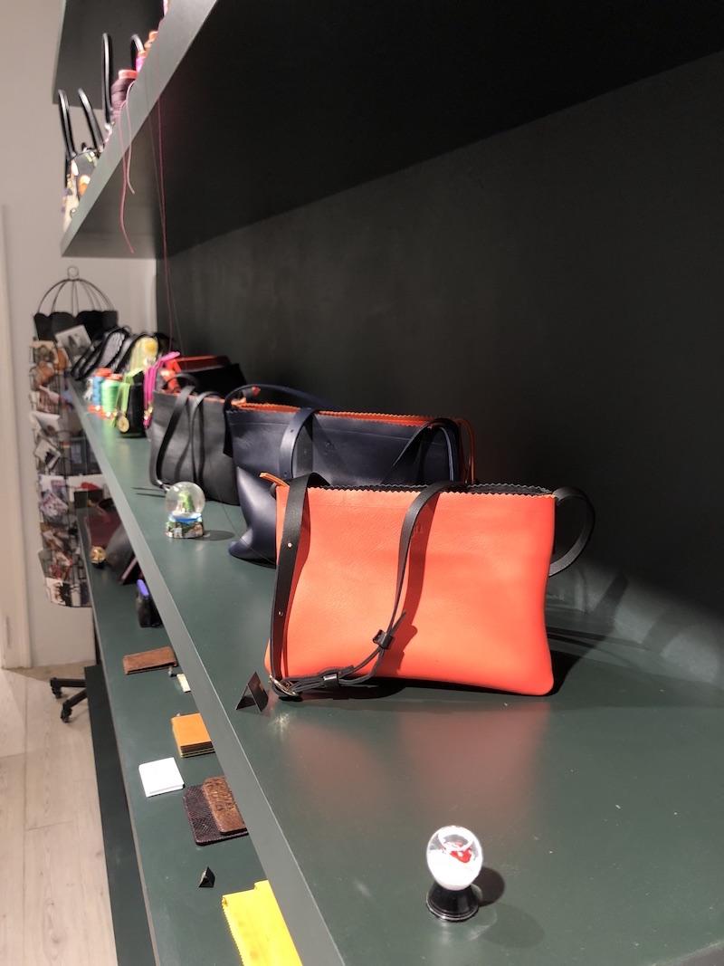 Handtaschen Modepilot Justine Nessi Tuerkenstrasse Muenchen Atelier