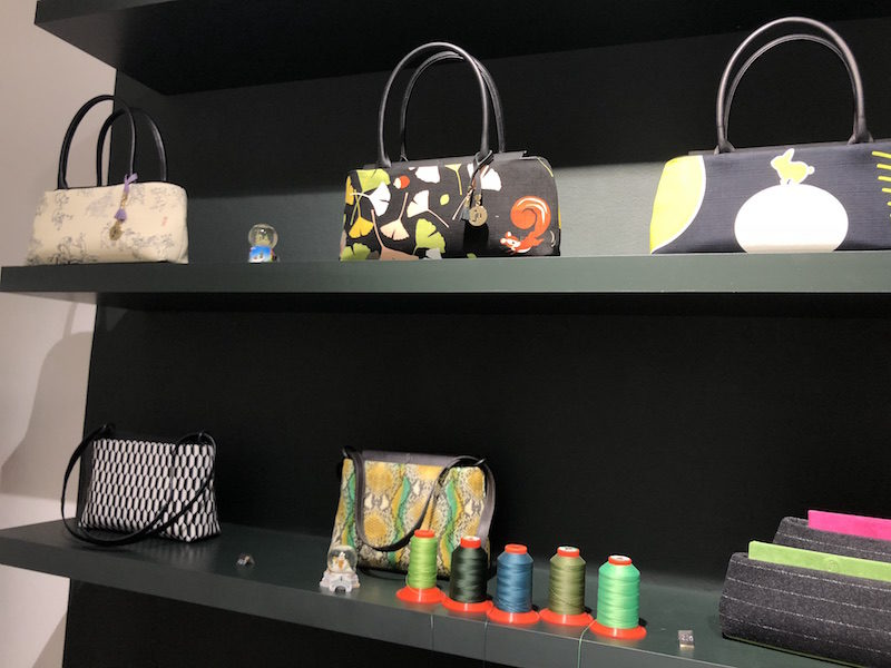 Handtaschen von Justine Nessi auf der Münchner Türkenstraße 76