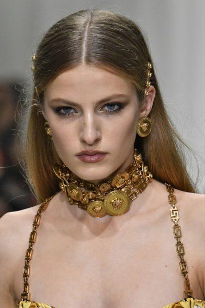 Felice Noordhoff in Versace, Sommer 2018