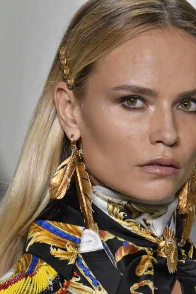 Natasha Poly in Versace, Sommer 2018