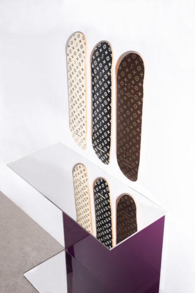 """3er-Set Skateboard-Decks """"Recalled Monogram"""" von Supreme, 12.000 bis 15.000 Euro"""