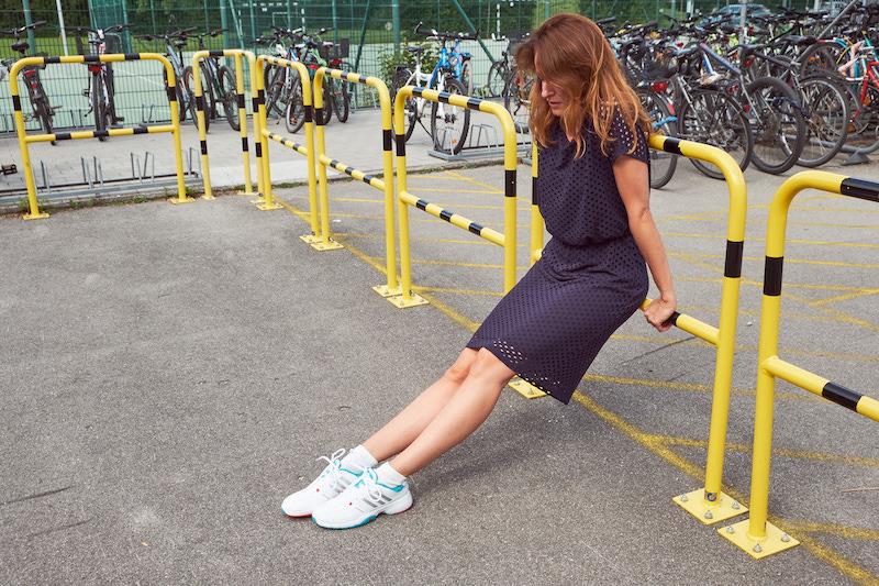 Kleid: Bonita, Schuhe: Adidas