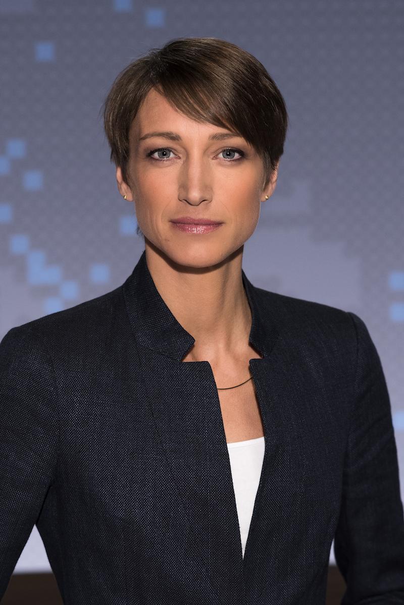 Make up Maske Modepilot Nachrichten Moderatorin Sophie von Puttkamer