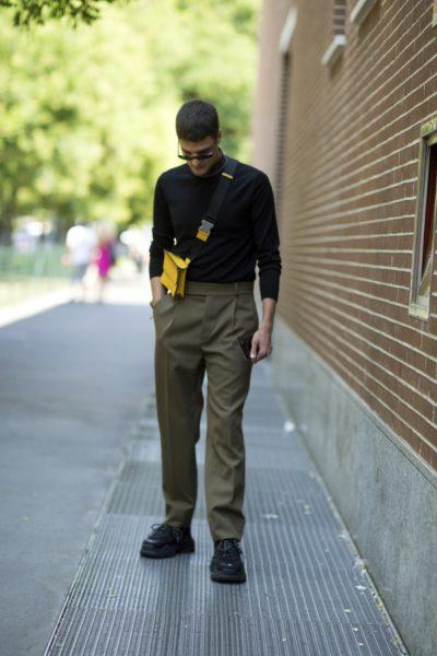 Dicke Sneaker überall. Hier bei Fendi in Mailand