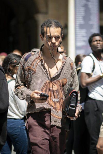 Ist das ein Vintage-Shirt von Hermès?