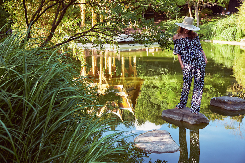 Laurel Hose Tukan Print schulterfreies Top Modepilot Sonnenhut Nicki
