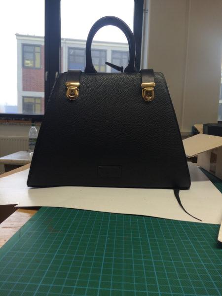 Das Gesellenstück als Grundlage für die neuen 'Annabelle'-Handtasche von Roeckl