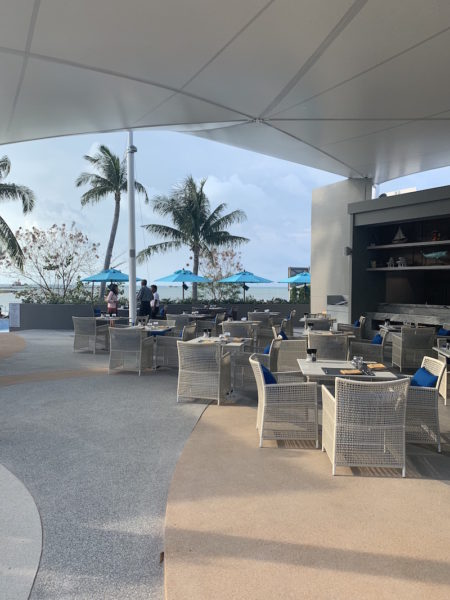 Strandrestaurant für Frühstück, Mittag- und Abendessen