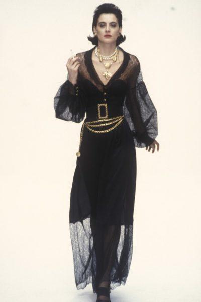 Ines de la Fressange mit Zigarette, Sommerkollektion 1988