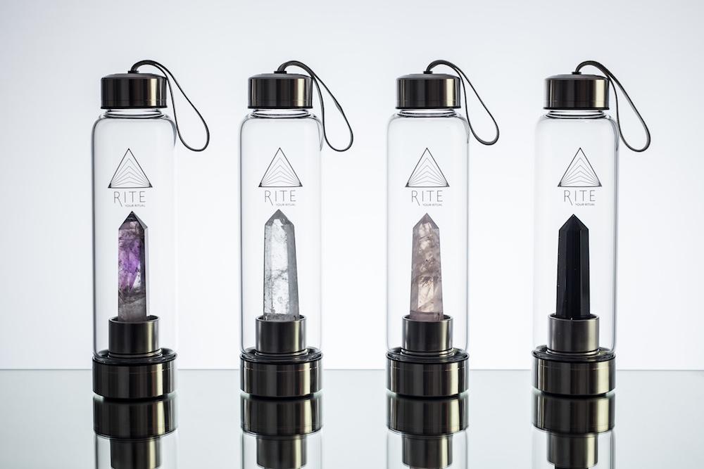 Modepilot Rite Kristallflasche Bedeutung Steine