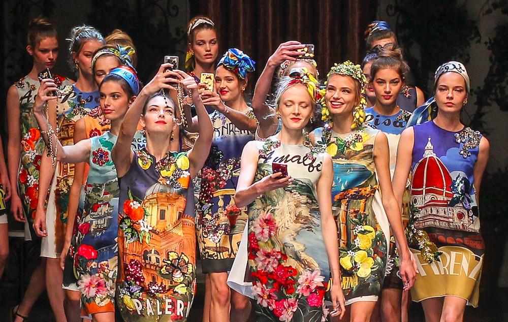 Selfie Time Wardrobing Modepilot Dolce Gabbana