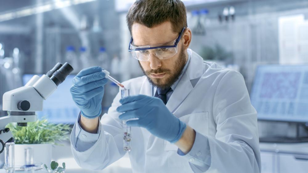 Adrett Pharma CBD Öl Lotion Modepilot