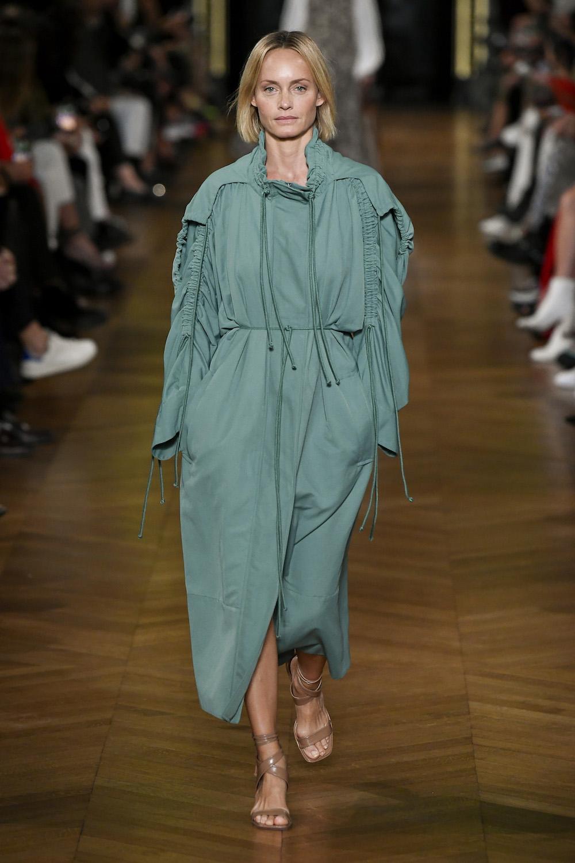 Stella McCartney Amber Valetta Modepilot Sommer 2020