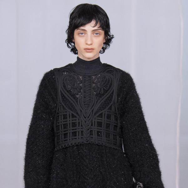 Feinsinnige Modetechnik von Mame Kurogouchi