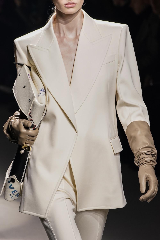 Lederhandschuhe Modepilot Givenchy Handpflege