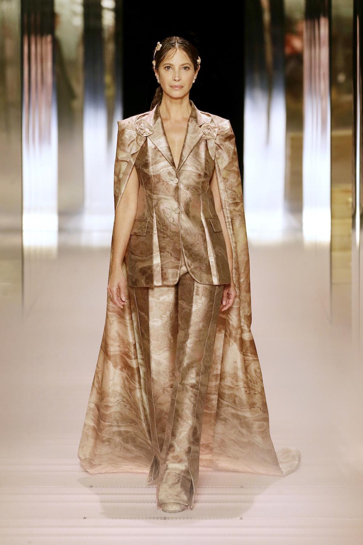 Christy Turlington Fendi Haute Couture