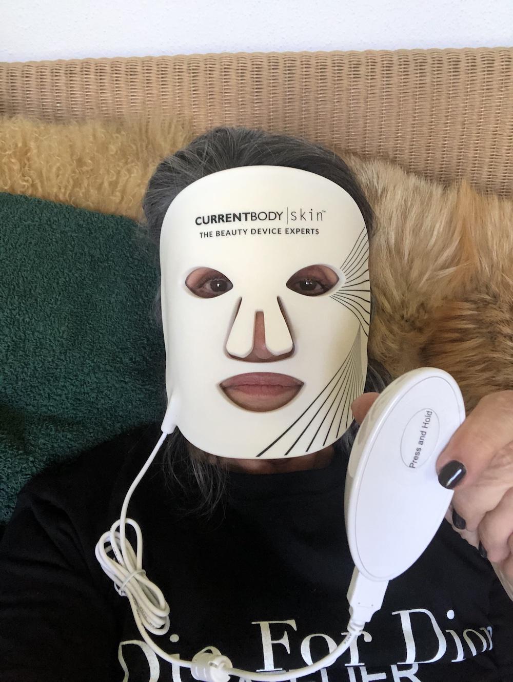 LED-Maske Antig aging Lichttherapie Modepilot