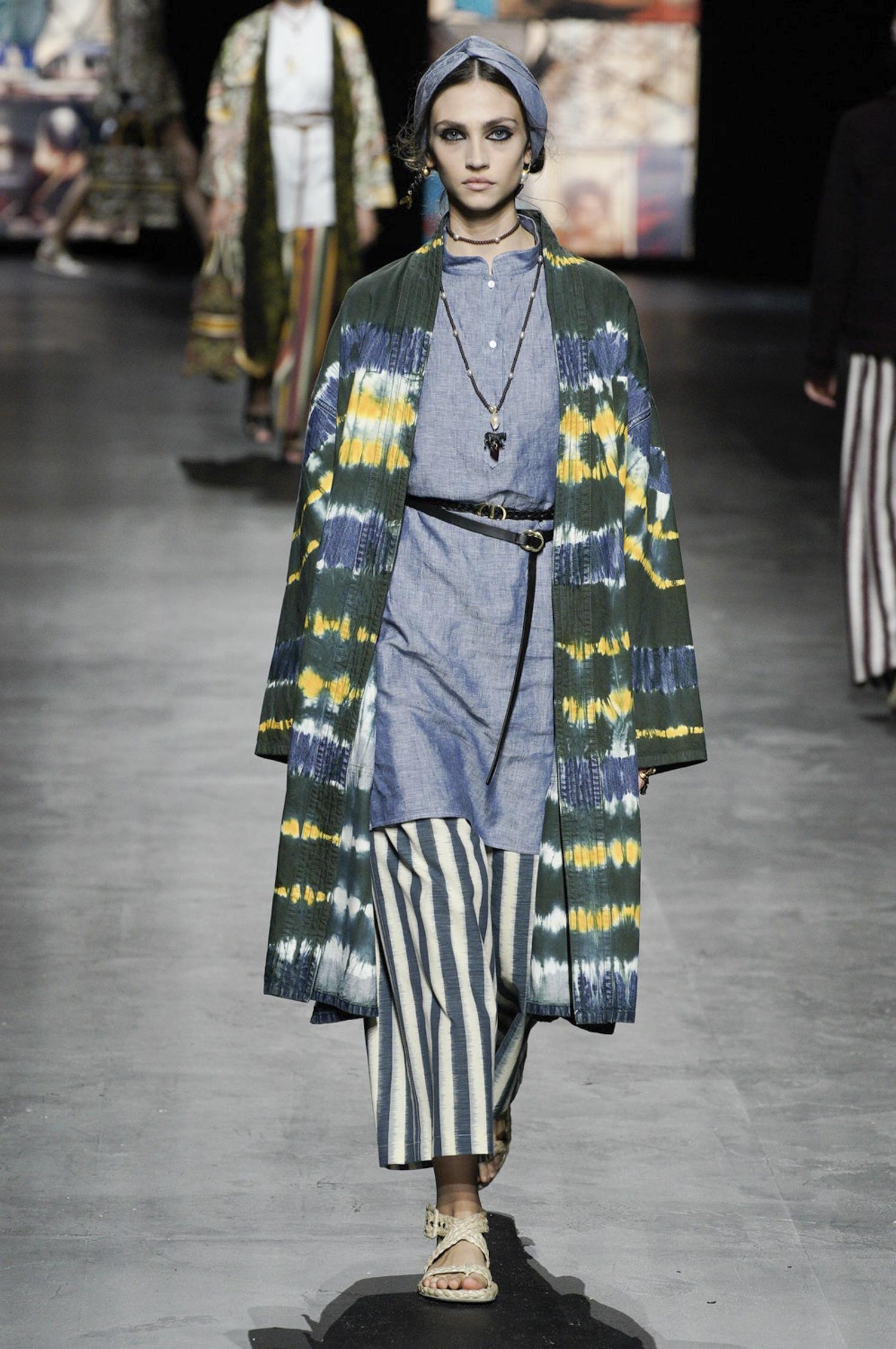 Christian Dior tie-dye Batik Modepilot